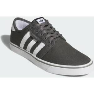Lage Sneakers adidas Seeley Schoenen