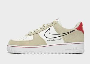 Nike Nike Air Force 1 '07 LV8 Herenschoen - Light Stone/Sail/University Red/Black - Heren